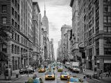 Aluminium Dibond 100×100. '5th Avenue NYC Verkeer II' van Melanie Viola