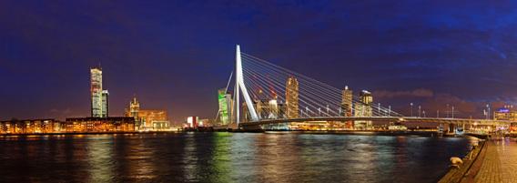 Aluminium Dibond 100×35. 'Rotterdam, Erasmusbrug en Kop van Zuid' van Sjoerd Mouissie