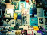 Aluminium Dibond 125×85. 'Bookstore in Paris' van Joran Maaswinkel